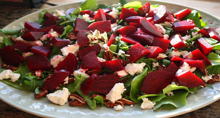 Greek Beet Salad with Spinach and Walnuts